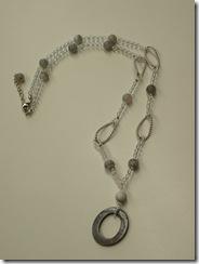 シェル&天然石水晶ネックレス